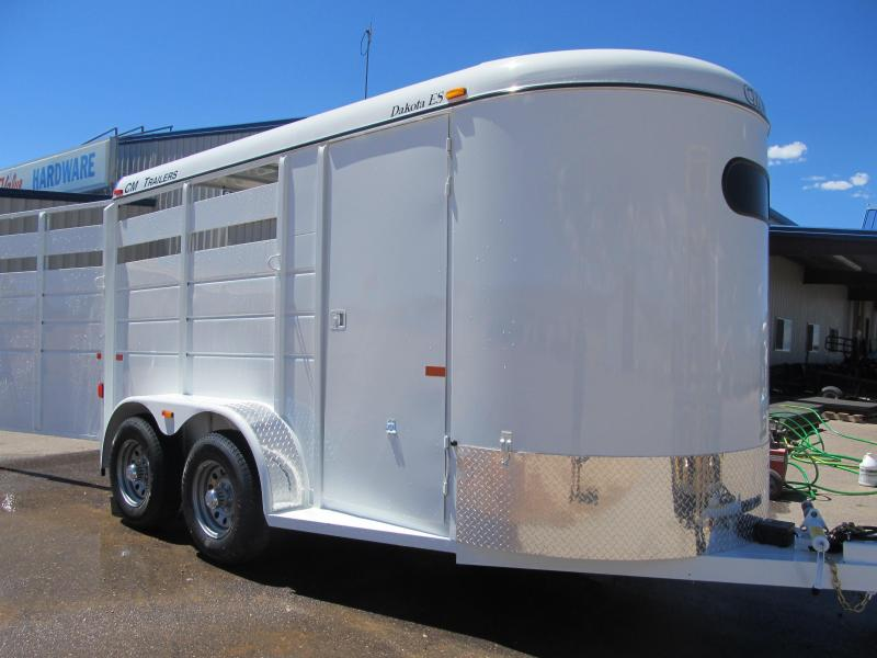 2014 CM Dakota 2 Horse Trailer