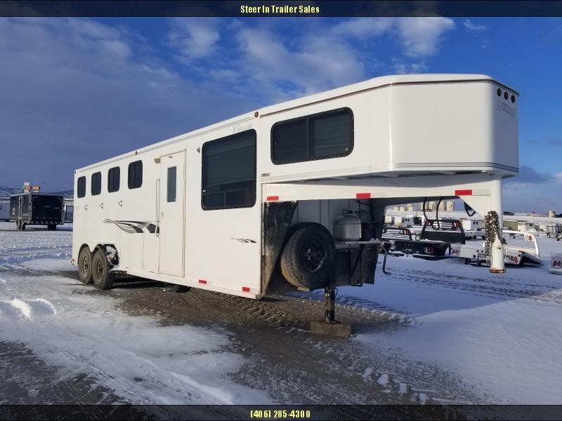 2000 Titan 4 Horse Weekender
