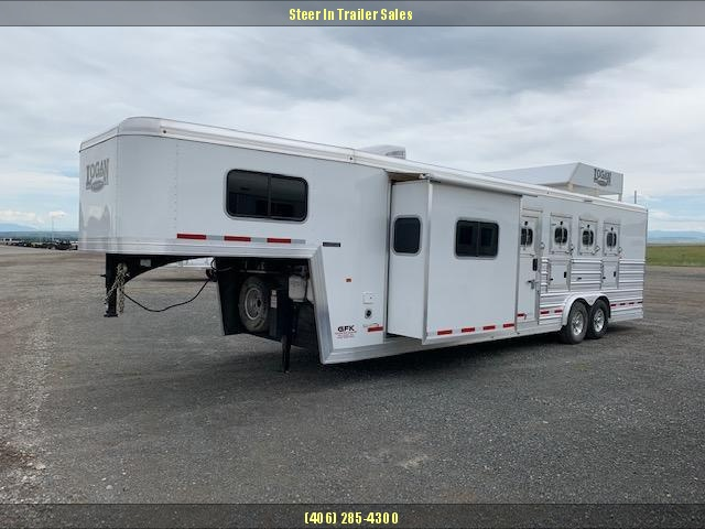 2017 Logan Coach 4H 810 LIMITED Horse Trailer