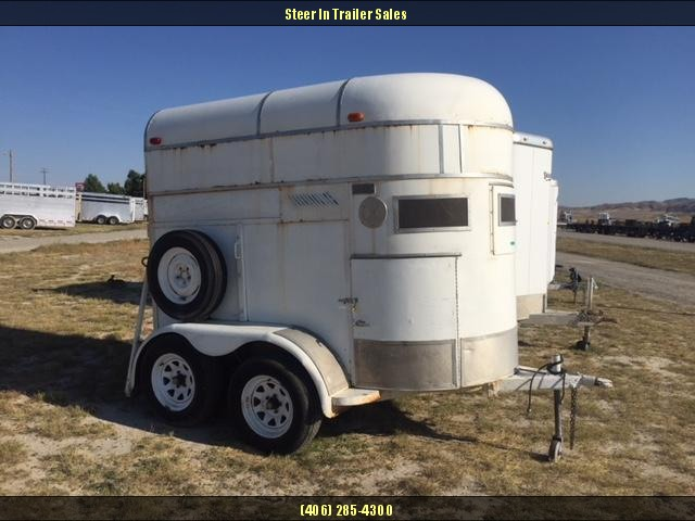 1980 Mariner 2H Straight Load Horse Trailer