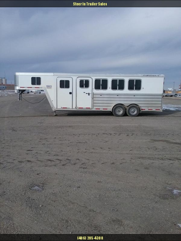 2014 Featherlite 4H Trailer