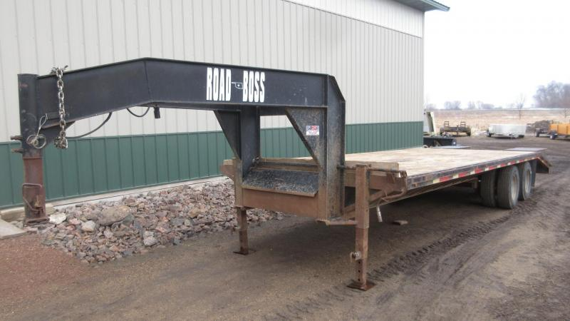 2002 Road Boss 26' GN Flatbed Trailer