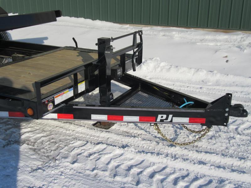 2020 PJ 20' 16k HD Equipment Tilt Trailer