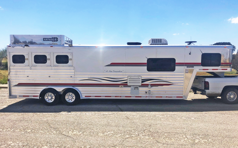 2001 Bloomer 3 Horse Trailer
