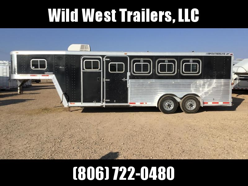 1997 Featherlite Living Quarters Horse Trailer