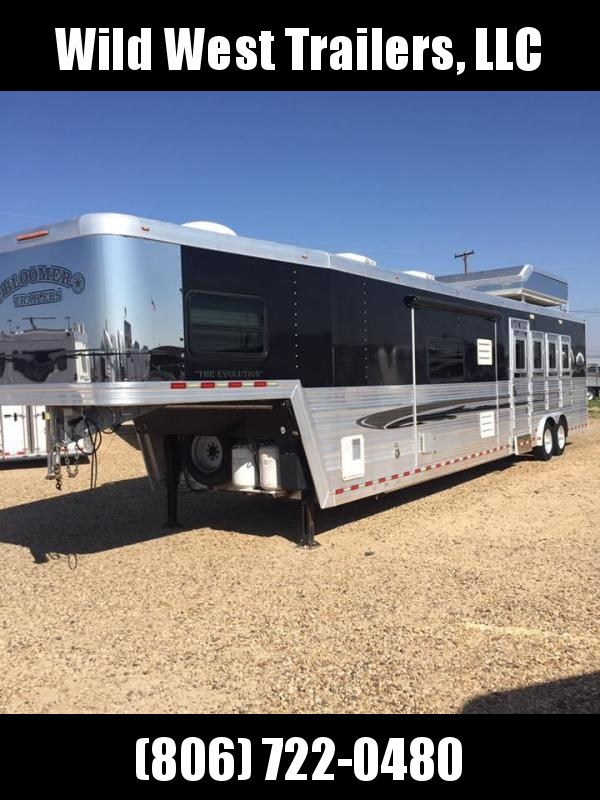 2008 Bloomer Trailer Manufacturing 4 Horse Horse Trailer