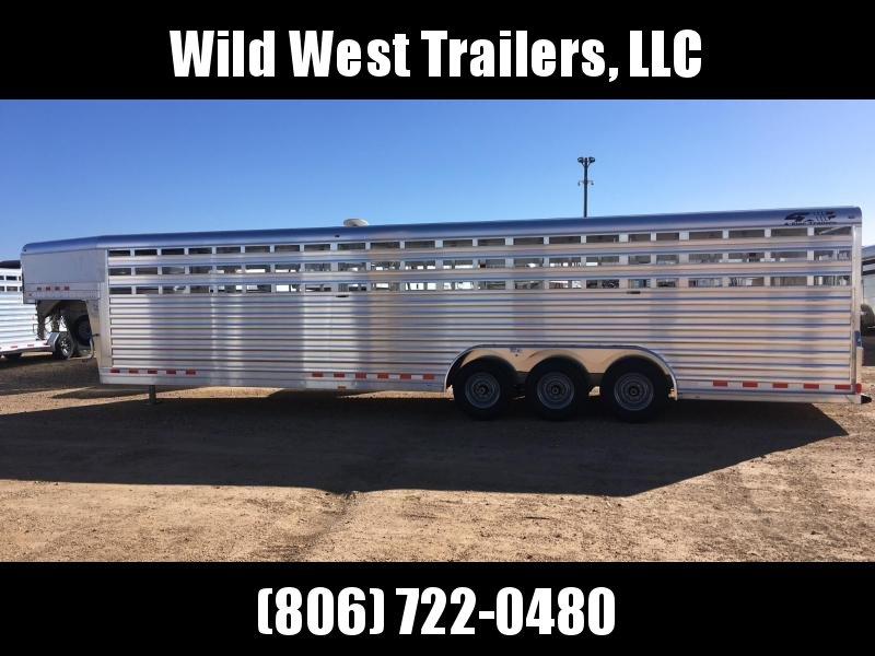 2018 4-Star Trailers V Nose Livestock Trailer