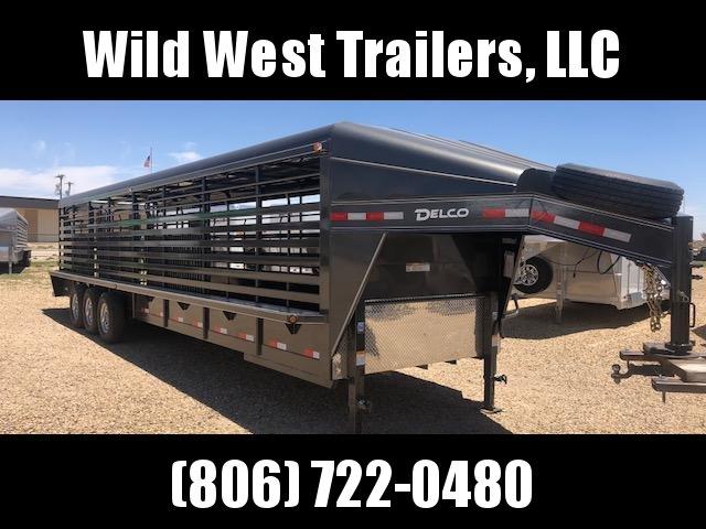 2018 Delco 32ft Metal Top Livestock Trailer