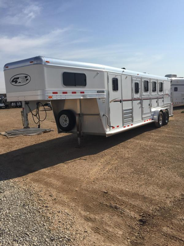 2009 4-Star Trailers 4 Horse Trailer