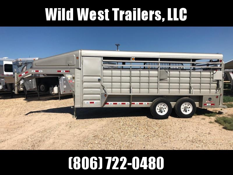 2016 GR 18' with tack Livestock Trailer
