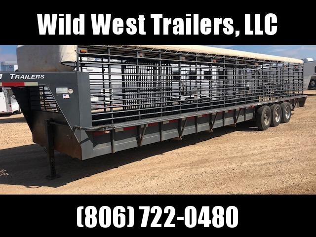 2006 CM 36' Livestock Trailer