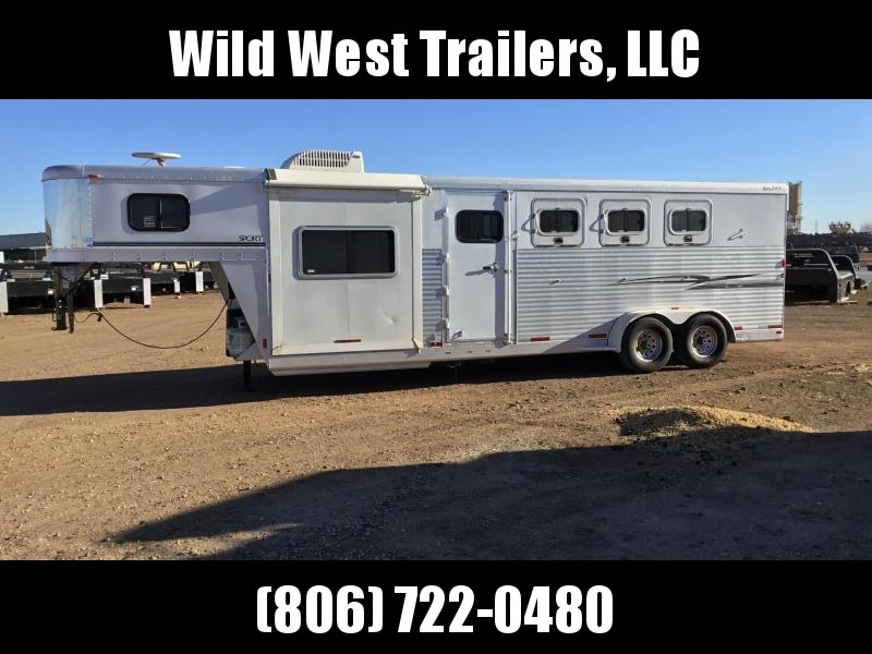 2006 Exiss Trailers 4 Horse - 8ft Short Wall Horse Trailer