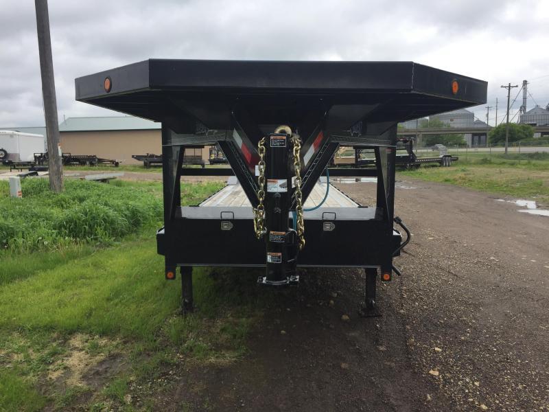 2016 Load Trail 102X40 Gooseneck Carhauler