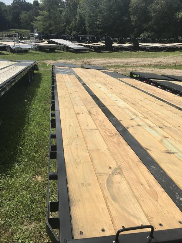 "2019 Load Trail 102"" X 32' Tandem Low-pro Equipment Trailer"