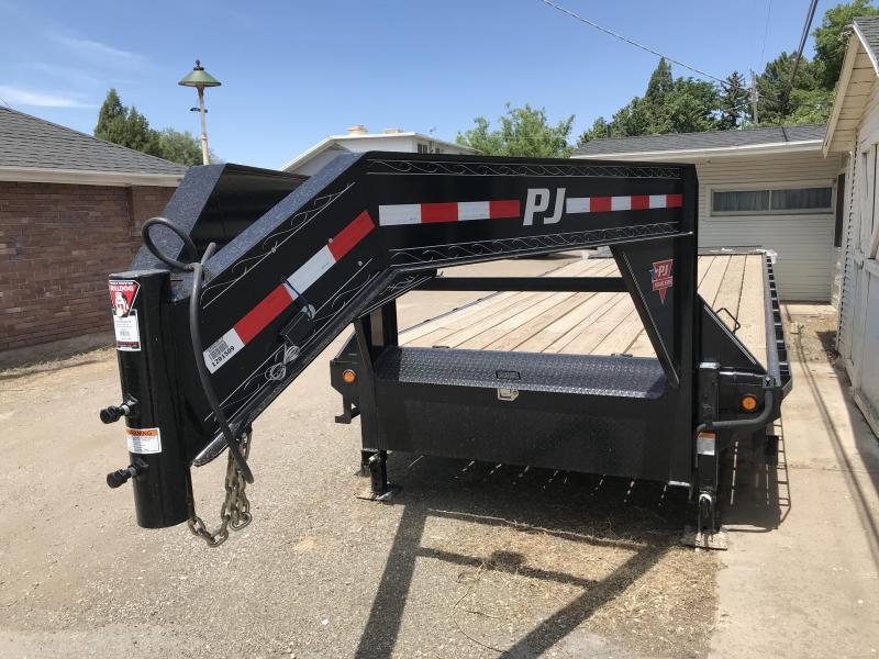 2018 PJ Trailers 25 Classic Flatdeck Equipment Trailer