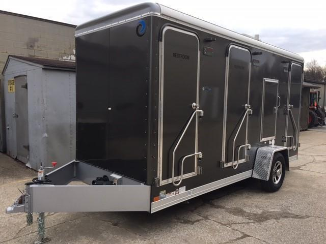 UltraLav WC6161-6 6-Stall Restroom Trailer