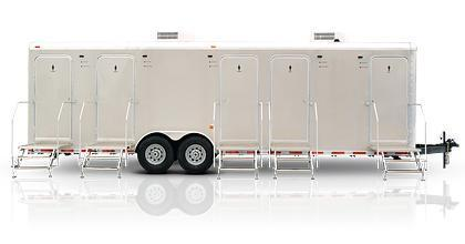105B LuxuryLav Narrow Body V Combo Shower / Restroom Trailer
