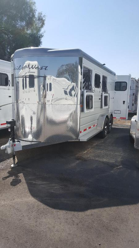 2019 Trails West SEIRRA II    3 Horse Trailer