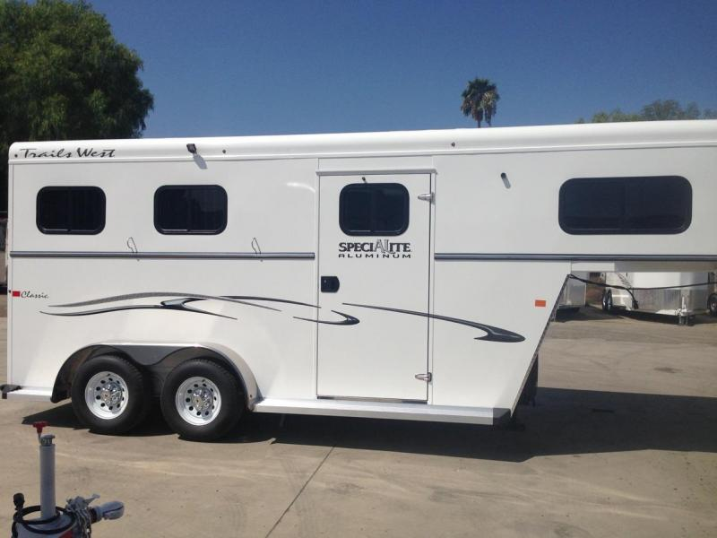 2017 Trails West warmblood (GN)  2 Horse Trailer