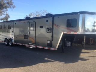 2014 Hoosier Trailers 3H Maverick Horse Trailer