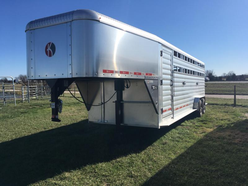 2018 Kiefer Manufacturing Deluxe II Livestock Trailer