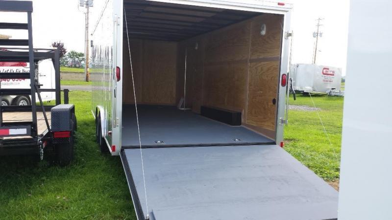 2015 Wells Cargo Fast Trac 8.5x20 Cargo / Enclosed Trailer