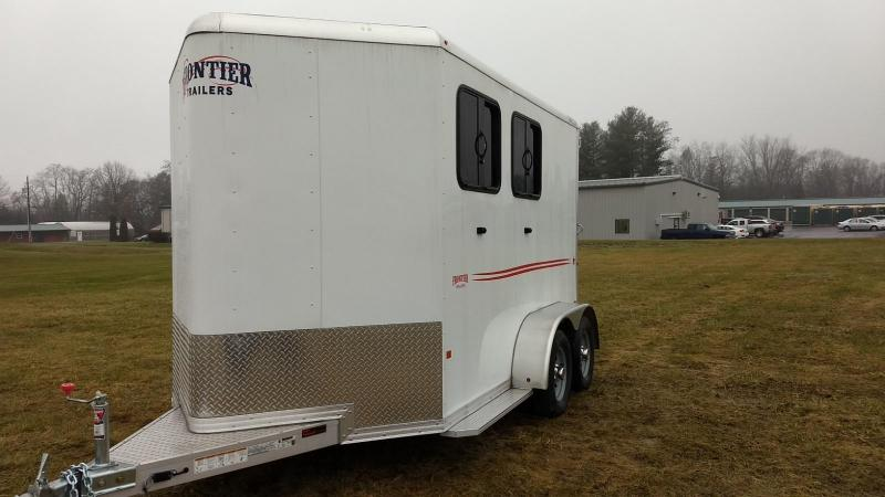 2018 Frontier Strider Series Combo 2 Horse Slant Horse Trailer