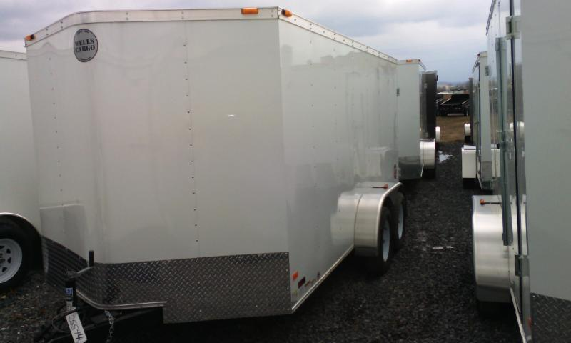 2015 Wells Cargo Fast Trac 7x14 enclosed trailer -ramp -white -radial tires