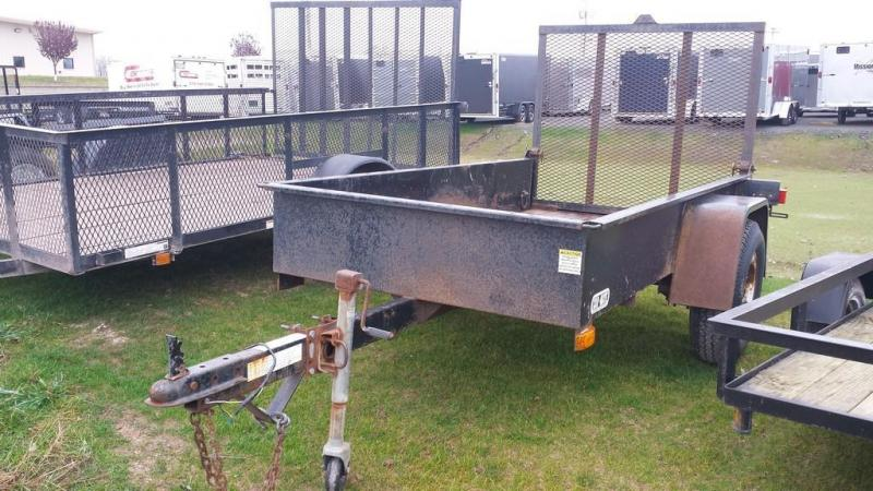 2004 Car Mate Trailers 4x8 solid side Utility Trailer