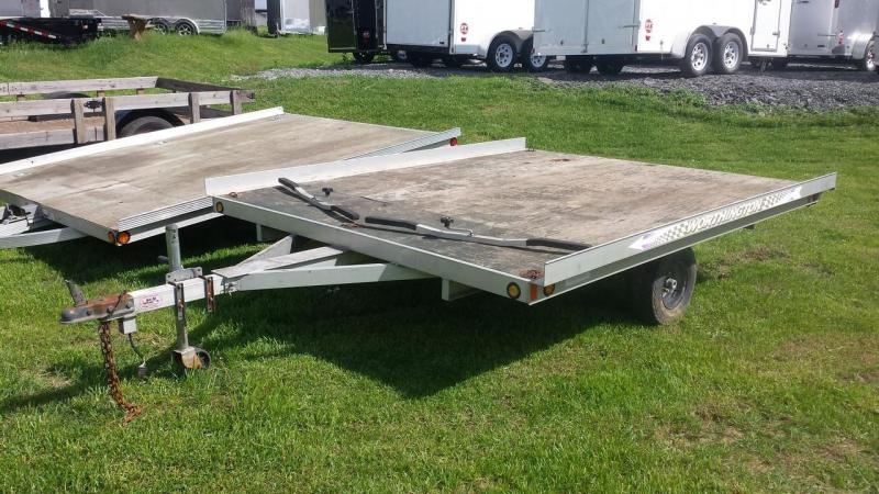 2002 Worthington Trailers 101x10 open deck Snowmobile Trailer