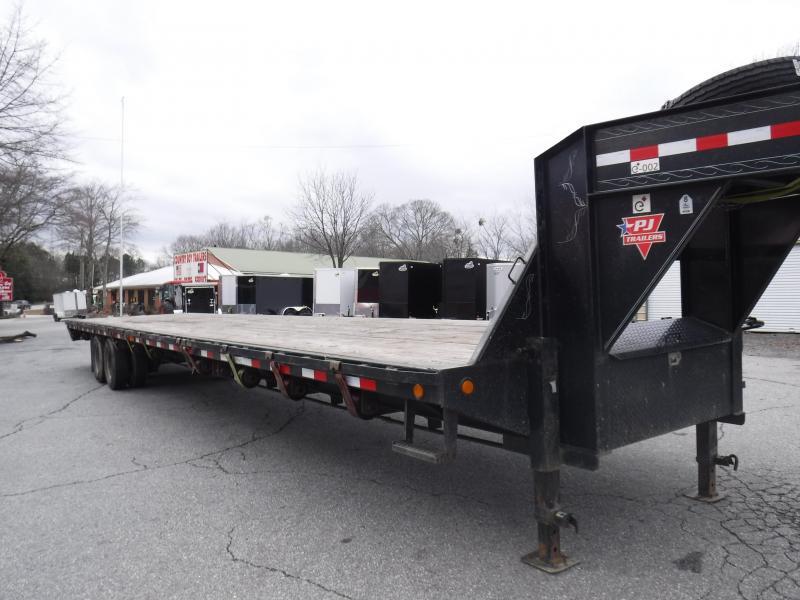 2019 PJ Trailers FD402 Equipment Trailer