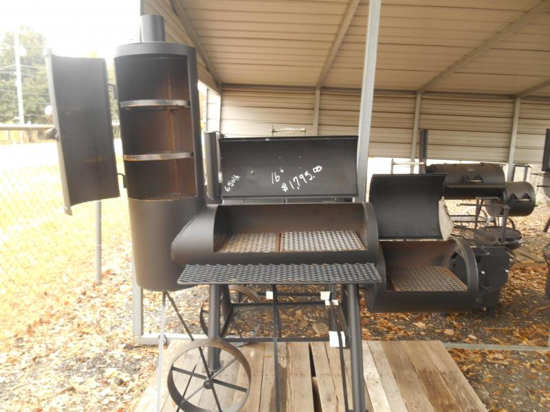"16"" Ranger Smoker (Here by Father's Day/Price Includes Shipping)"