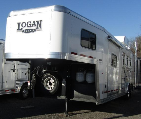 2018 Logan Coach 810 Limited Horse Trailer
