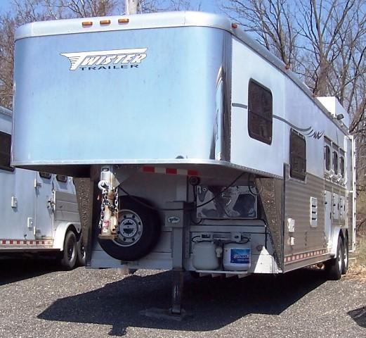 2006 Twister Cactus Conversion Horse Trailer