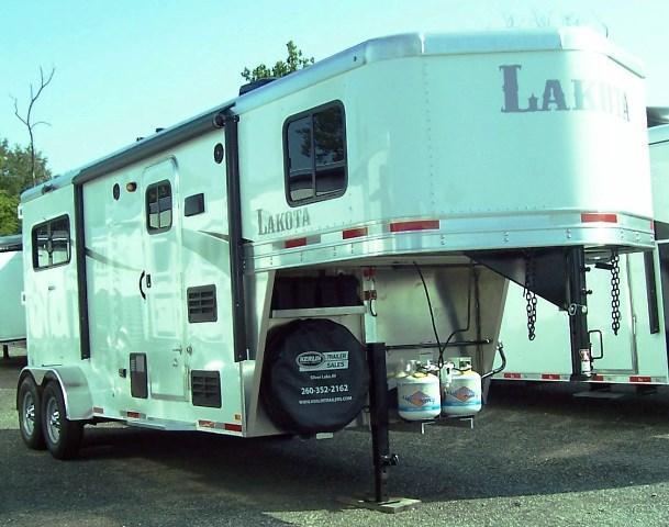 2018 Lakota Trailers AC27 Colt Horse Trailer