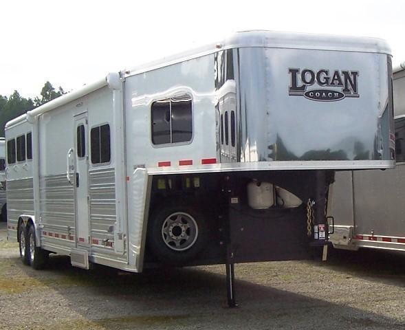 2015 Logan Coach Razor w/11 LQ & Platinum Pkg Horse Trailer