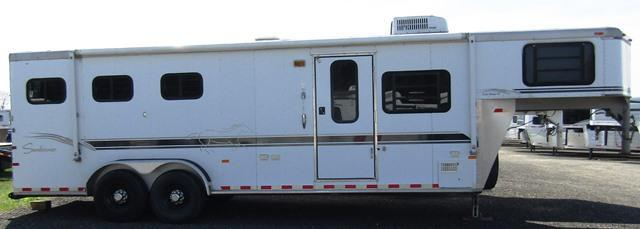 2000 Sundowner Trailers 6908 Living Quarters Horse Trailer