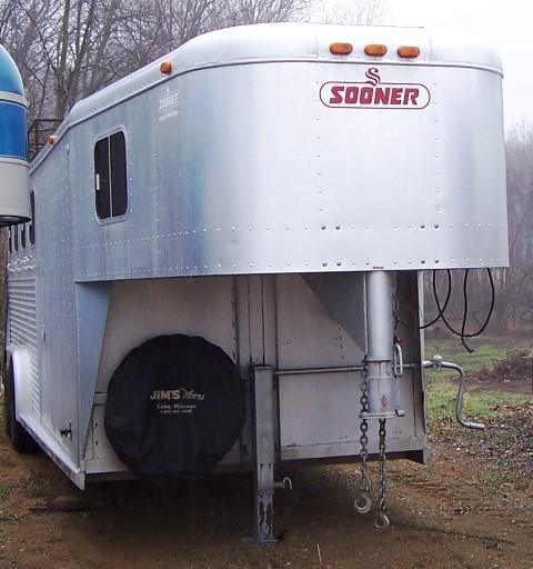 1995 Sooner 4H w/ Weekender and Hayrack Horse Trailer