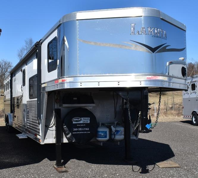 2014 Lakota 8415 Charger Horse Trailer
