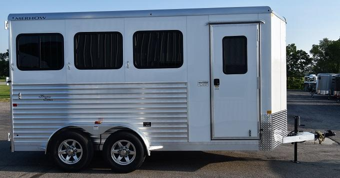 2020 Merhow Trailers Bronco XL Horse Trailer