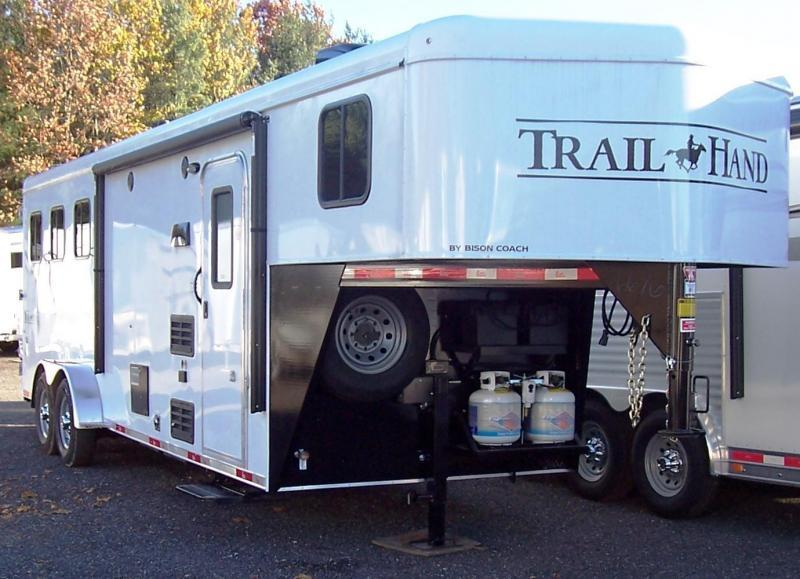 2017 Bison Trailers 7308 Trail Hand Horse Trailer