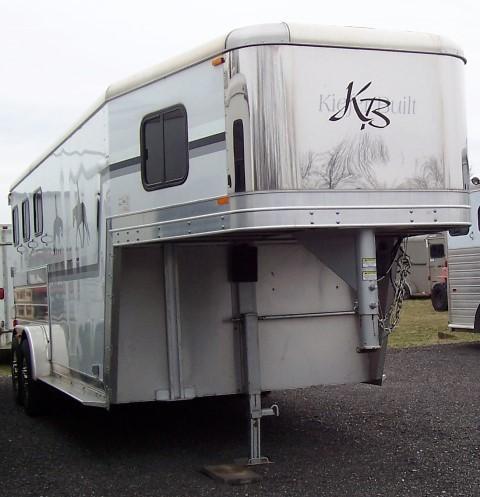 2005 Kiefer Manufacturing Gensis X3 Horse Trailer