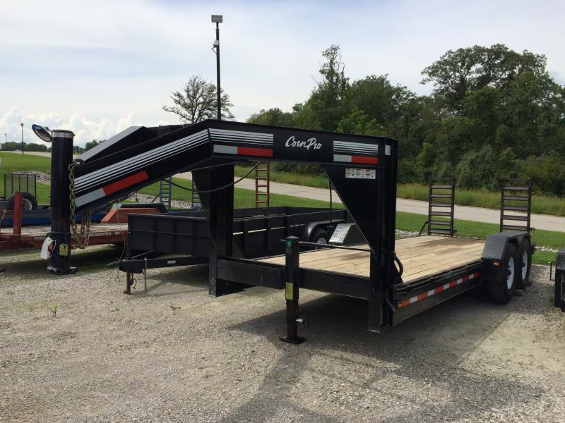 2003 CornPro Trailers UT-20-H Equipment Trailer