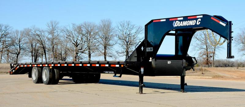 Diamond C FMAX216 Gooseneck Equipment Trailer 40' Air Ride
