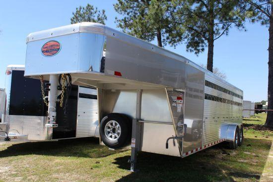 2019 Sundowner Trailers Showman GT GN Livestock Trailer
