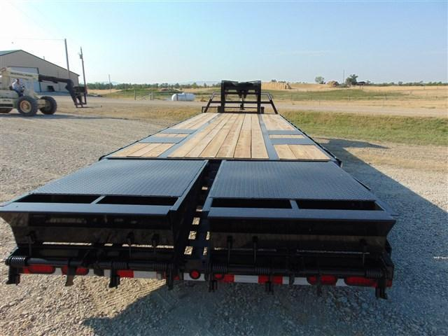2018 Diamond T Trailers 32 Tandem Dual MAX MEGA RAMPS  Equipment Trailer
