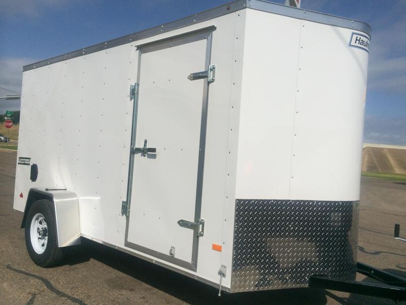 2015 Haulmark 6x12 v nose Cargo / Enclosed Trailer