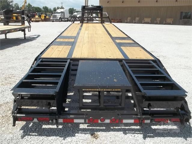 2018 Diamond T Trailers 30 Tandem Dual with center pop up Equipment Trailer