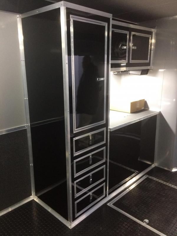 2017 34 39 bathroom shower trailer auto master car for Trailer bathroom ideas
