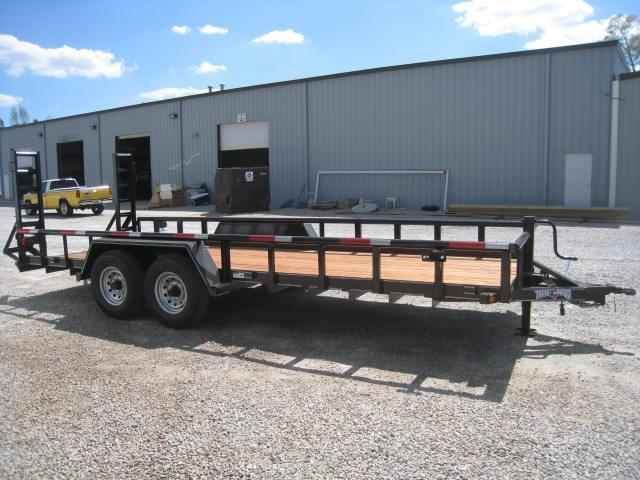 2017 Texas Bragg Trailers 82 X 20 Big Pipe Equipment Trailer